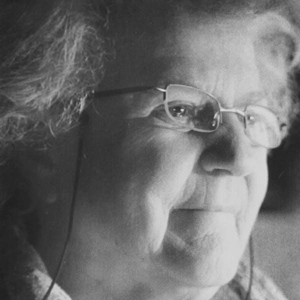 Portrait von  Lucienne Lanaz